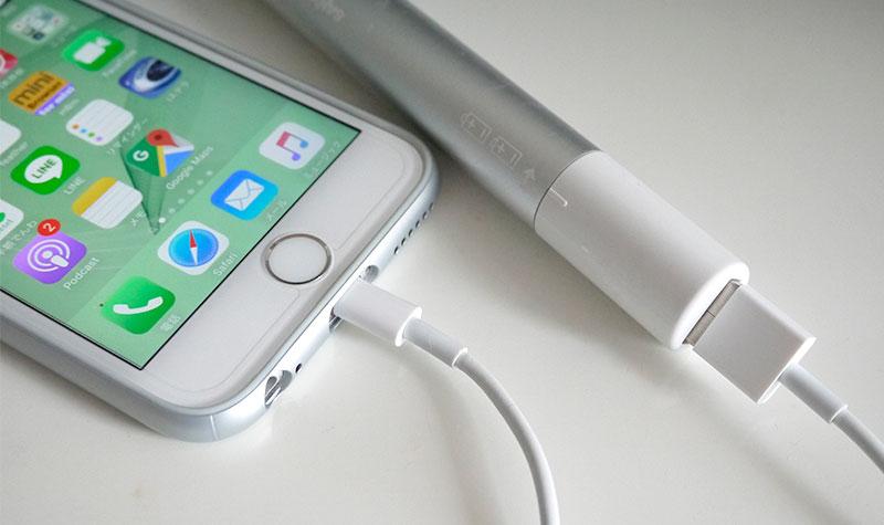 SANYO eneloop スティックブースターとiPhone6s
