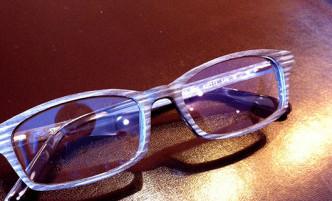 木製メガネ