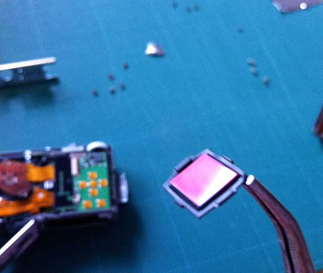 取り出したローパスフィルタ:DMC-FX30分解