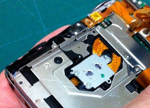 デジタルカメラ キヤノン(Canon)IXY 800IS 分解
