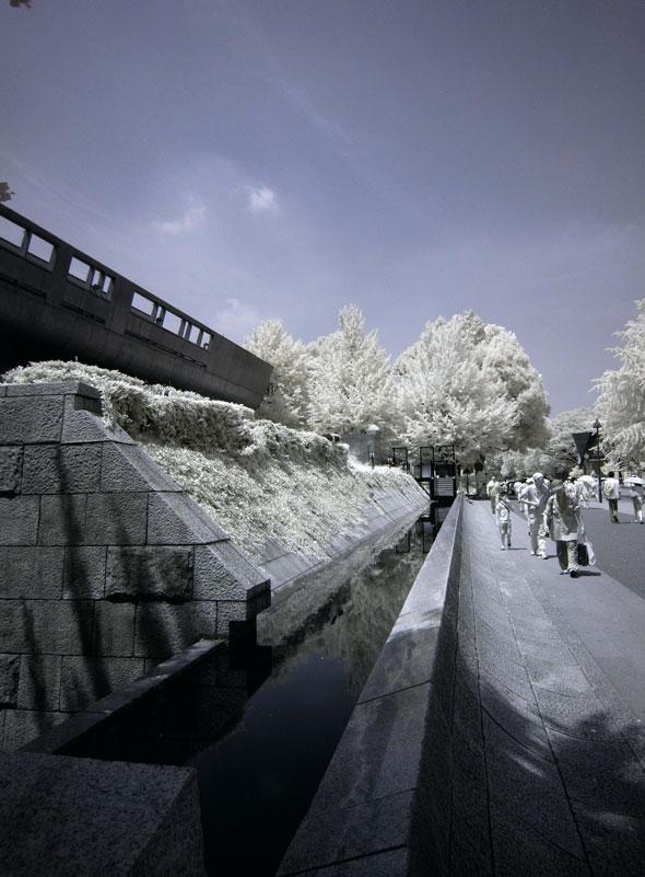 赤外線写真で撮影した上野公園